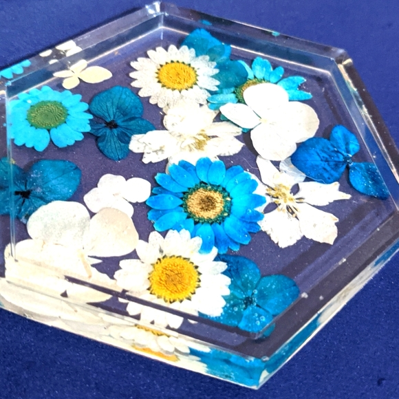 Blue and White Pressed Flower Coaster